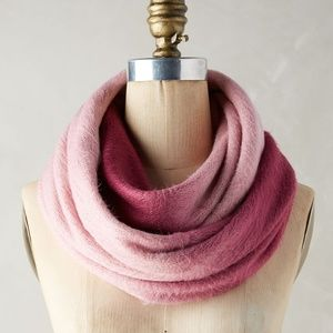 Anthropologie Accessories - Anthropologie Sleeping on Snow Ombre Infinity Scar